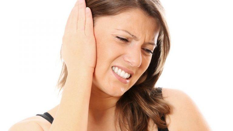 Чем лечить боли в ухе в домашних