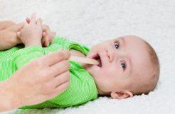 Лечение ангины у грудного ребенка, его причины и симптомы