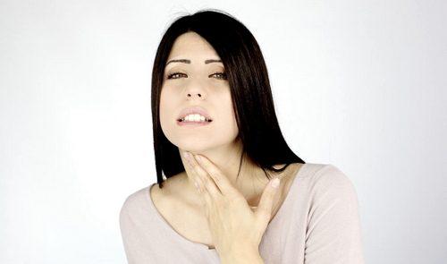 воспаление горла у женщины