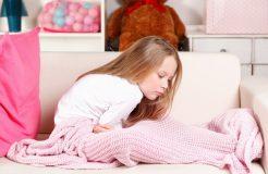 Лечение поноса и температуры у ребенка, их причины