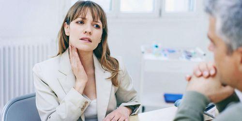 Чем лечить горло беременным в первом