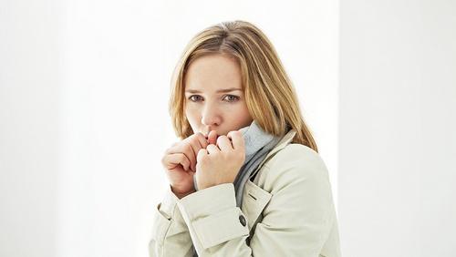 появление сухого кашля без температуры