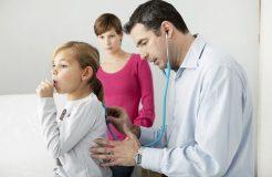 Сильный кашель с рвотой у ребенка и взрослого — причины и лечение