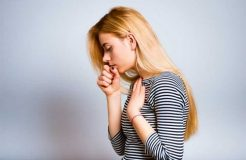 Надсадный кашель у ребенка и взрослого — причины и лечение
